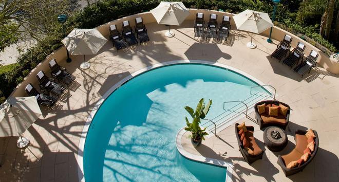 紐波特海灘灣景萬豪酒店 - 紐波特海灘 - 新港灘 - 游泳池