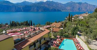 Hotel Villa Smeralda - Malcesine - Vista exterior