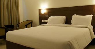 Hotel Midcity - Vijayawada