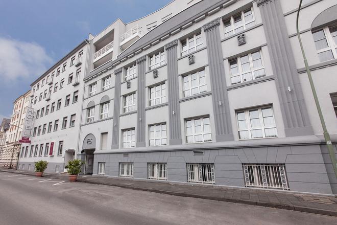 Novum Hotel Offenbacher Hof - Offenbach am Main - Building