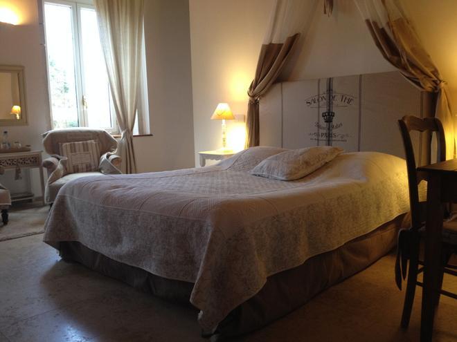 Domaine du Manoir - Les Avenières-Veyrins-Thuellin - Bedroom