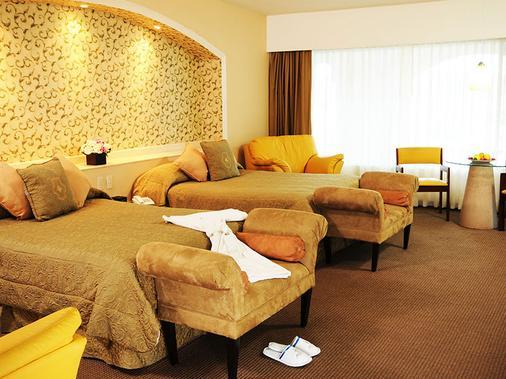Hotel Baruk Teleferico y Mina - Zacatecas - Phòng ngủ