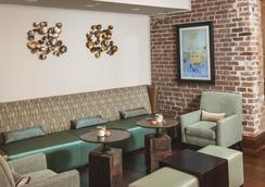 Cotton Sail Hotel Savannah, Tapestry Collection by Hilton - Savannah - Lounge