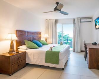Paradise Beach Hotel - Coxen Hole - Habitación