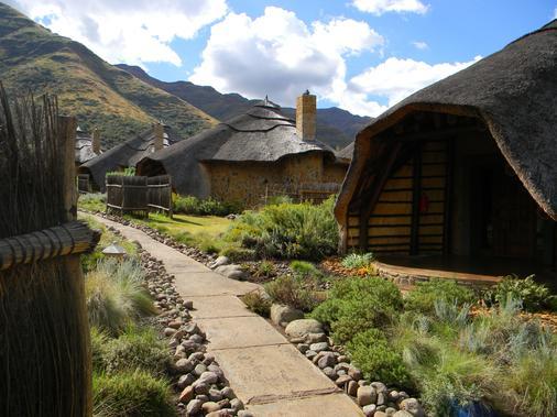 Maliba Lodge - Butha-Buthe - Building
