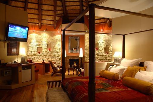Maliba Lodge - Butha-Buthe - Bedroom