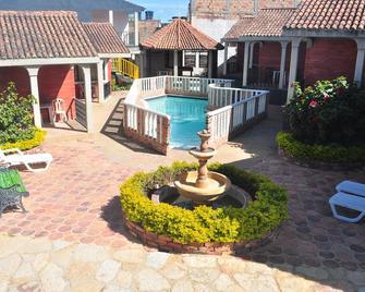 Hotel Aguablanca - La Mesa - Buiten zicht
