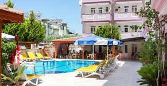 Victoria Princess Apart Hotel - Side (Antalya) - Edificio