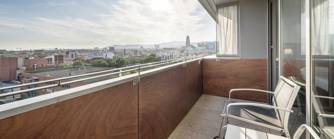 Ilunion Barcelona - Barcelona - Balcony