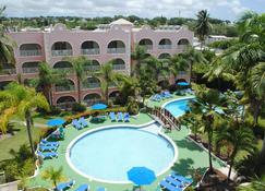 太陽灣酒店 - Maxwell - 布里奇敦 - 游泳池