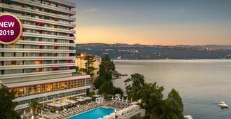 Hotel Ambasador - Opatija - Building