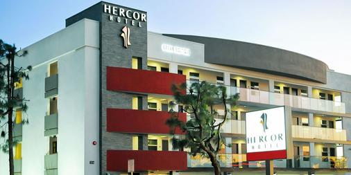 Hercor Hotel - Urban Boutique - Chula Vista - Toà nhà