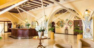 Hotel Guitart Rosa - Lloret de Mar - Front desk