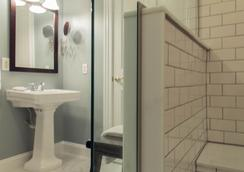The Hotel Marblehead - Marblehead - Bathroom