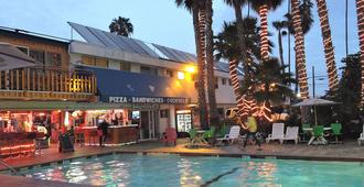 Los Angeles Backpackers Paradise Hostel - Inglewood - Gebäude