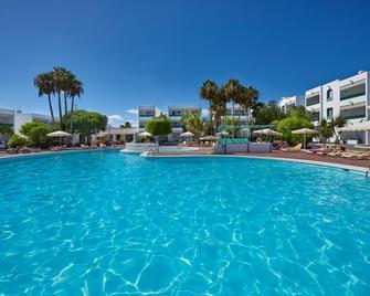 Oasis Lanz Beach Mate - Коста-Тегісе - Pool