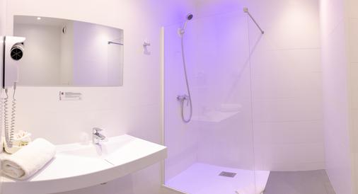 The Originals Boutique, Grand Hôtel de la Gare, Toulon (Inter-Hotel) - Toulon - Bathroom