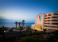 Radisson Blu Resort, Malta St Julian's - St. Julian's - Building