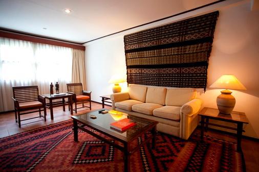 Hotel Timor - Dili - Living room