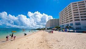 Rizzan Sea-Park Hotel Tancha-Bay - Onna - Building