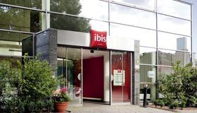 ibis Berlin Mitte - Berliini - Rakennus