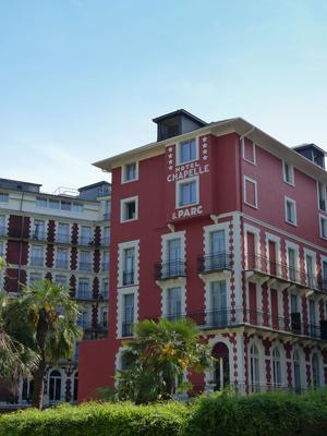 Hotel Chapelle et Parc - Lourdes - Rakennus