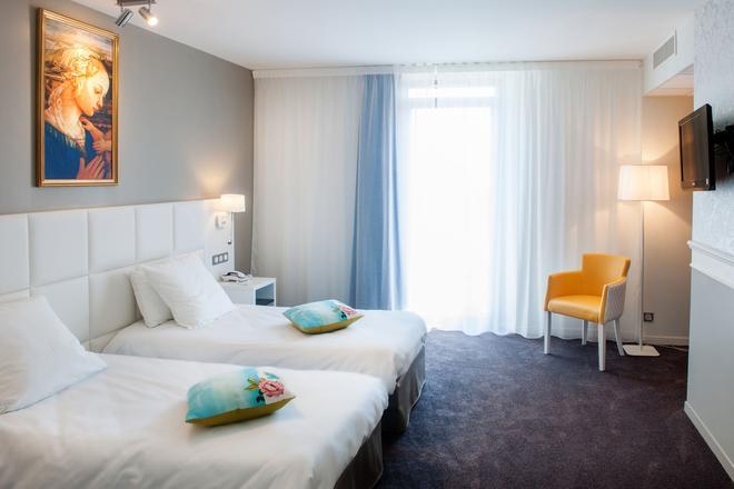 Hotel Chapelle et Parc - Lourdes - Phòng ngủ
