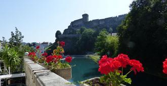Hotel La Solitude - Lourdes - Toà nhà