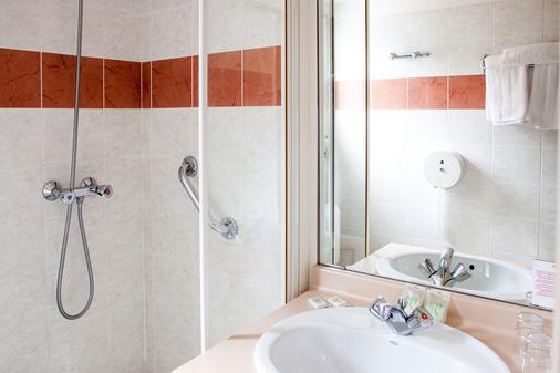 Hotel Saint Sauveur - Lourdes - Bathroom