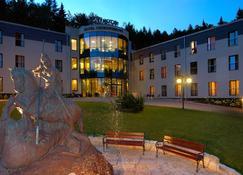 Hotel St.George Kudowa-Zdrój - Bad Kudowa - Gebäude