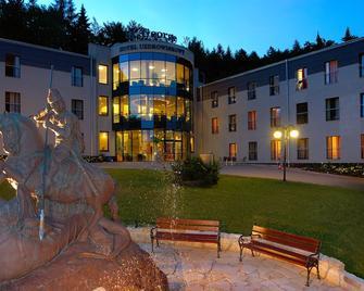 Hotel St.George Kudowa-Zdrój - Kudowa-Zdrój - Building