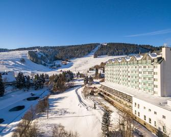 Best Western Ahorn Hotel Oberwiesenthal – Adults Only - Oberwiesenthal - Building