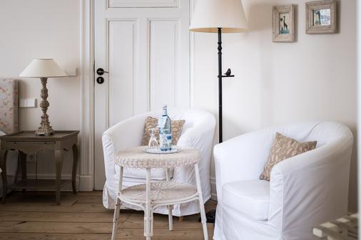 Hotel Schloss Gamehl - Wismar - Living room