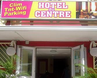 Hotel Du Centre - Saint-Denis - Gebouw