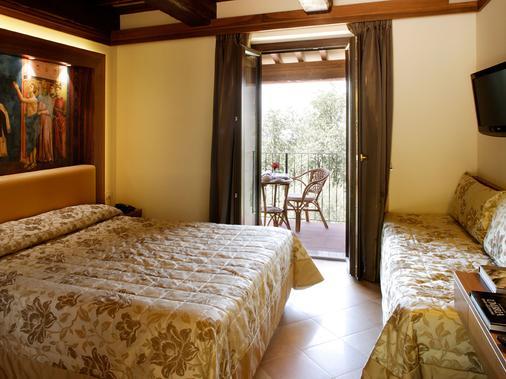Hotel Ristorante La Terrazza - Assisi - Makuuhuone