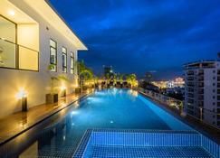 Mansion 51 Hotel & Apartment - Phnom Penh - Piscine