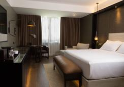Eb Hotel By Eurobuilding Airport Quito - Кито - Спальня