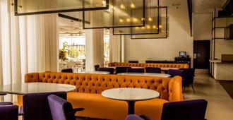 Eb Hotel By Eurobuilding Airport Quito - Quito - Restaurant