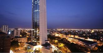 Torre de Cali Plaza Hotel - Cali - Building
