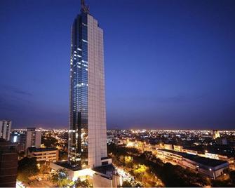 Torre de Cali Plaza Hotel - Кали - Здание
