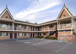 Quality Inn Eureka - Redwoods Area - Eureka - Rakennus
