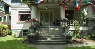 Windsor Guest House - ונקובר - בניין