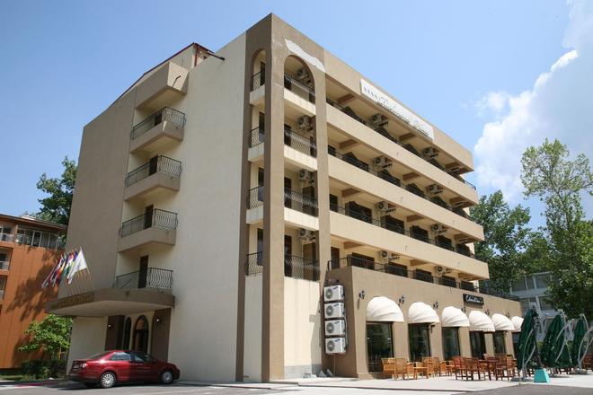 Richmond Hotel - Mamaia - Edificio