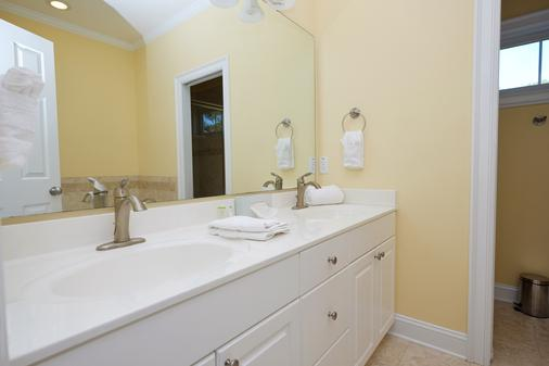 Myrtlewood Villas - Myrtle Beach - Bathroom