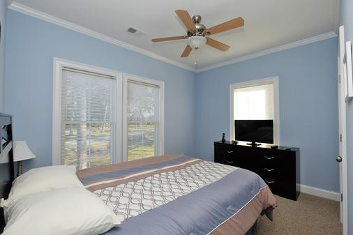 Myrtlewood Villas - Myrtle Beach - Bedroom