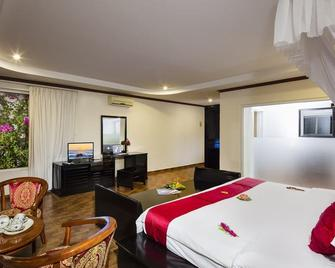 Rock Water Bay Beach Resort & Spa - Kê Gà - Bedroom