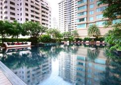 Grande Centre Point Hotel Ratchadamri - Bangkok - Pool