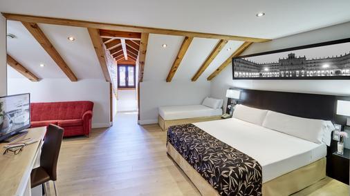 薩拉曼卡塞克泰爾拉斯托雷斯酒店 - 薩拉曼卡 - 薩拉曼卡 - 臥室