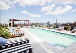 The Williamsburg Hotel - Brooklyn - Piscina