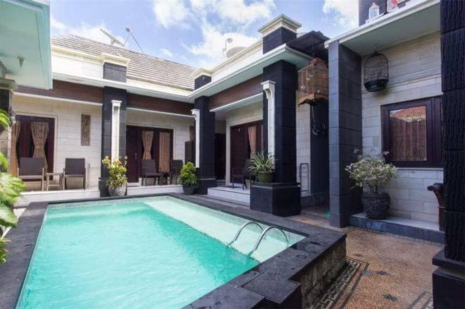 Denays House - South Kuta - Uima-allas